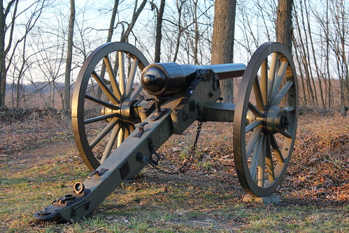 confederate cannon on benner hill