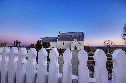blue sky white backlight landscape denmark pentax wideangle waterdrops dänemark kirke kx landskab wideangel sæby vejr nordjylland karup vendsyssel pervisti