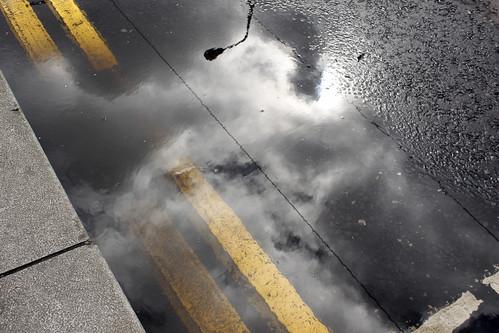 Kerb puddle