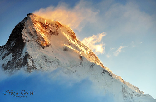 nepal sunrise peak fishtailmountain machapucharemountain