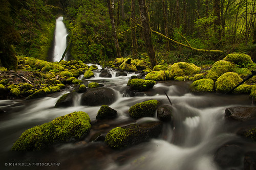 longexposure water oregon creek river nikon stream waterfalls pacificnorthwest columbiarivergorge polarizingfilter landscapephotography oregonwaterfalls ruckelcreek indianpits columbiarivergorgewaterfalls nikond700 pacificnorthwestwaterfalls tokina1116mm joshkulla ruckelcreekfalls joshkullaphotography mossygrottofalls pacificnorthwestlandscapephotographers