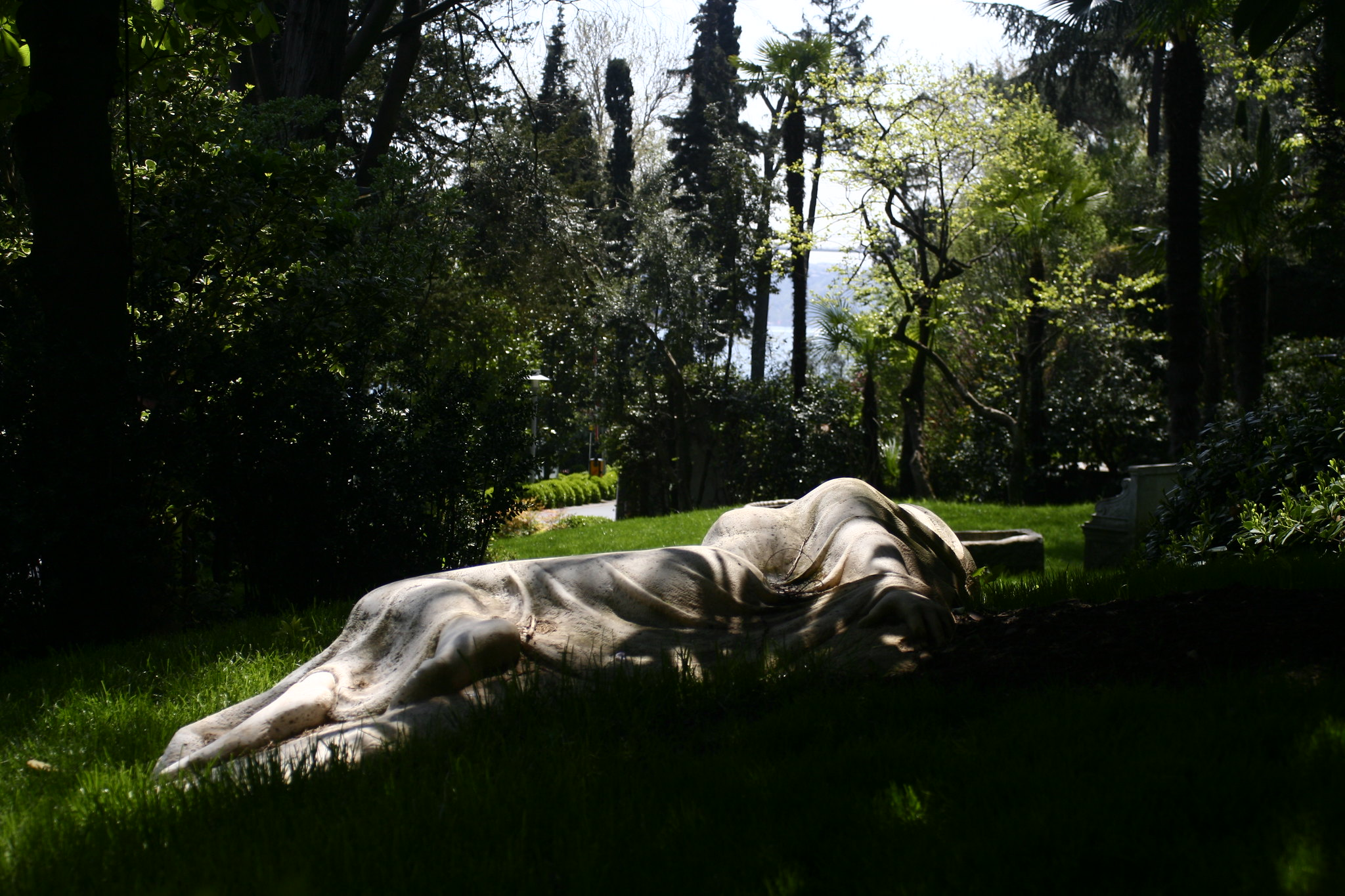 Sculpture in the garden of the Sakıp Sabancı Museum.