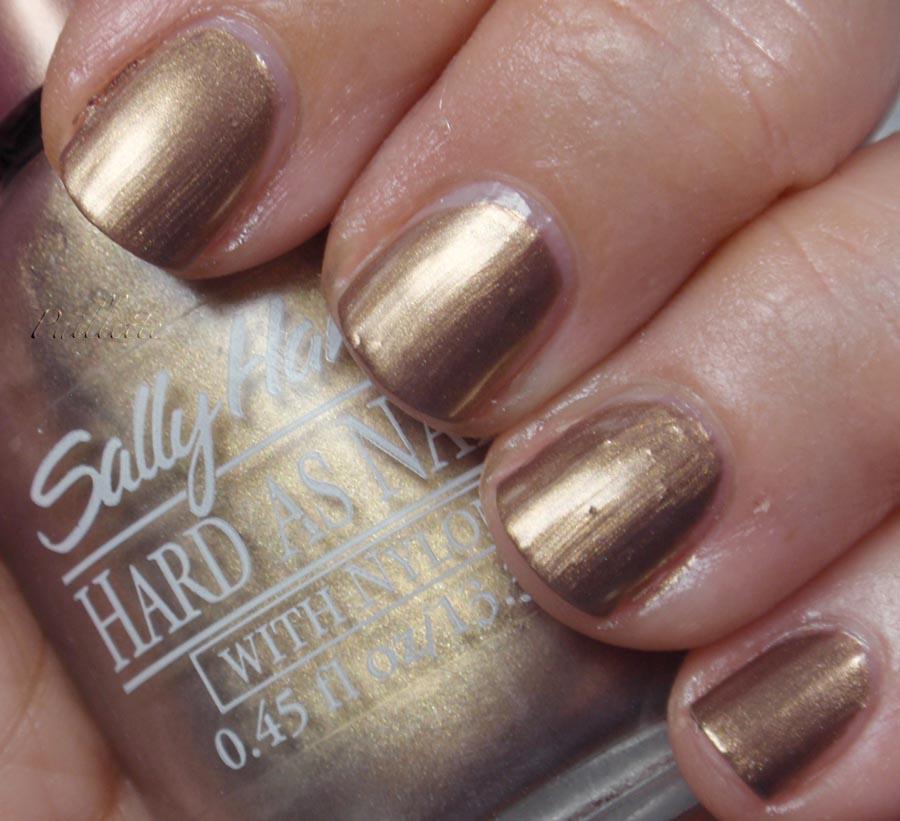 Paillette: a little nail polish journal: Golden Veil