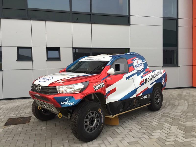 Toyota_Hilux-VanLoonRacing_2