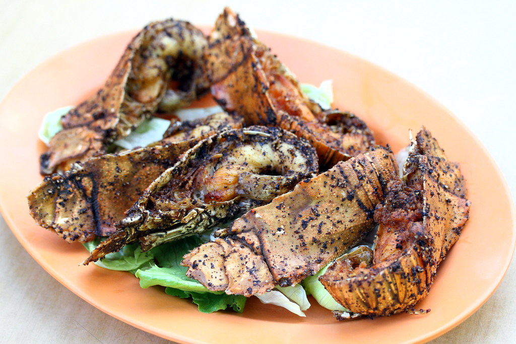 Guide to Jalan Besar & Lavender: Lai Huat Sambal Fish's Black Pepper Crayfish
