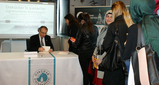 Üsküdar Üniversitesi çok okuyan öğrencilerini ödüllendiriyor 2