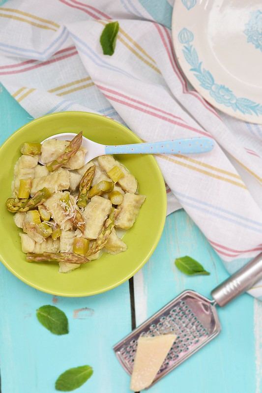 gnocci with asparagus.