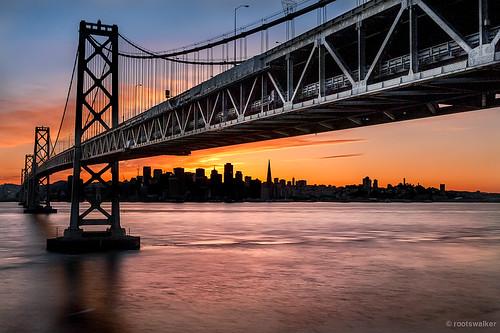 sanfrancisco sunset silhouette baybridge transamericabuilding yerbabuenaisland bluebeacon
