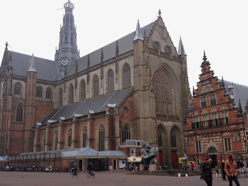 Haarlem St Bavo exterior