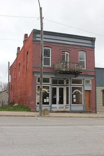 Laundromat - Forest City, MO