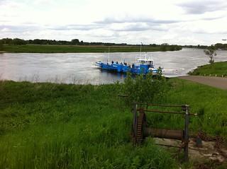 70-2012-0412 pieterpad-route-21-maasovergang bij Grubbenvorst