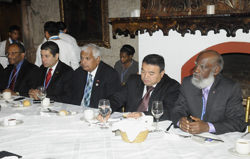Senior OAS Officials Meet With CARICOM