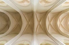 symmetry, molding, vault,