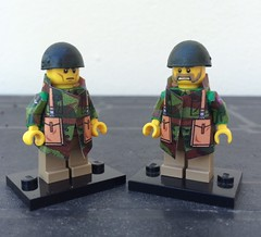 Lego WW2, British Airborne (v2) with helmet, by Yazyas