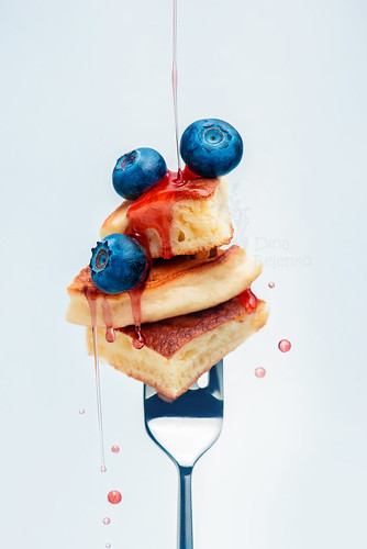 Bite the pancake: blueberry syrup