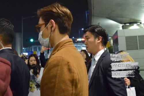 TOP Arrival Seoul 2015-11-06 Justanotherboy (2)