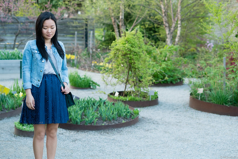 denim jacket pleated skirt