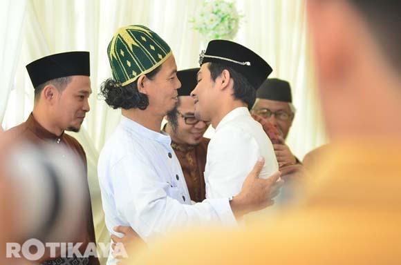 8922521019 d06f0215a3 o Gambar Perkahwinan Izzue Islam dan Awin Nurin