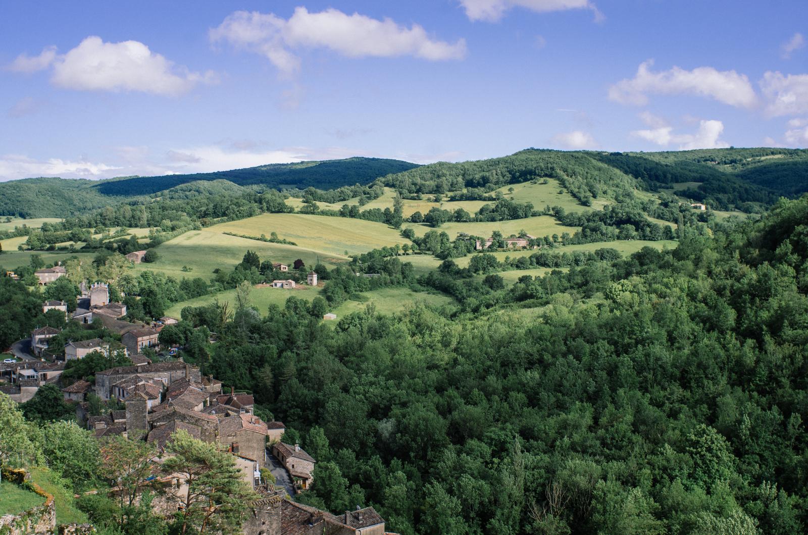 Randonnée dans les gorges de l'Aveyron sur le GR46 - Vue depuis le chateau de Penne