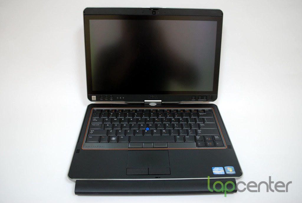 DELL LATITUDE XT3 i3 2330M 4GB 128 SSD 1366x768 Win7