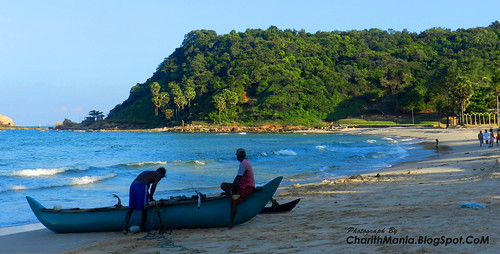 """Trincomalee Beach Sri Lanka"" by CharithMania"