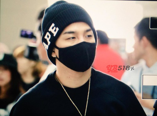 Big Bang - Incheon Airport - 24sep2015 - YB 518 - 04