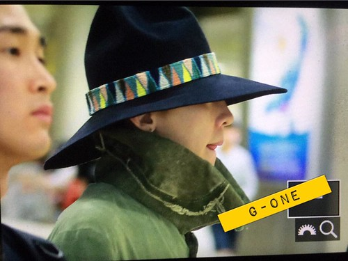 Big Bang - Gimpo Airport - 20may2015 - G-Dragon - G-One - 01