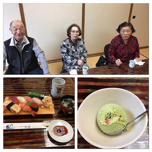 叔父叔母たちと、お寿司屋さんでランチ🍣  👍✌️😋  #ランチ #寿司
