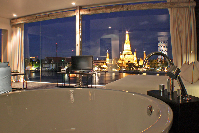 sala rattanakosin arun river view suite_edited.JPG