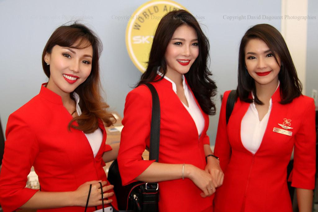 Stewardesses Airasia  Totoro - David D  Flickr-3368