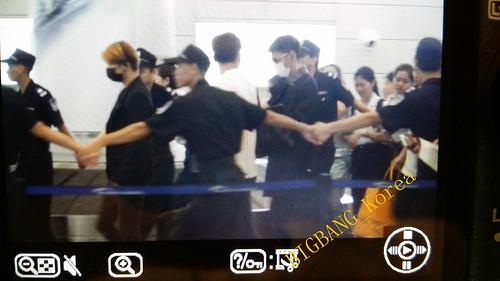 Guangzhou arrival by BIGBANG_Korea 02