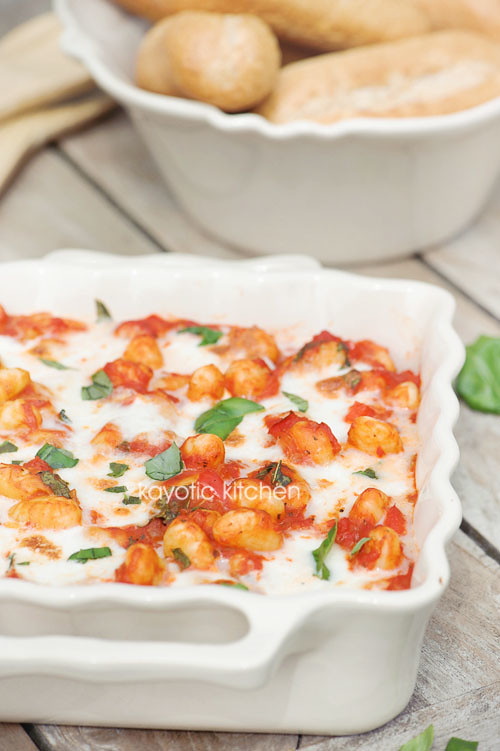 Gnocchi tomato bake kayotic kitchen for Courgette and tomato bake bbc