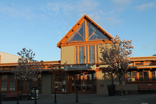 Courtenay Public Library