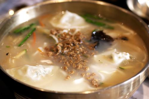 kalguksu @ myung dong noodle house