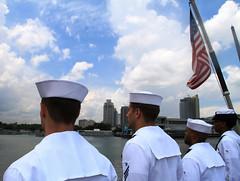 Sailors man the rails aboard USS Paul Hamilton (DDG 60) as the ship arrives in Mania, May 31. (U.S. Navy photo)