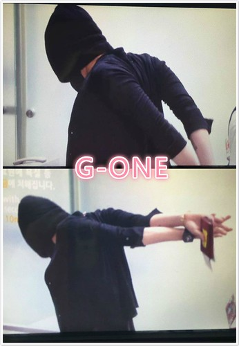 Big Bang - Incheon Airport - 29may2015 - G-Dragon - G-One - 01