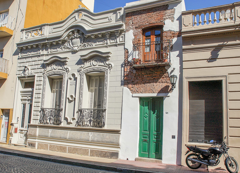 La Casa Minima Buenos Aires Argentina Argentiina green door vihreä ovi