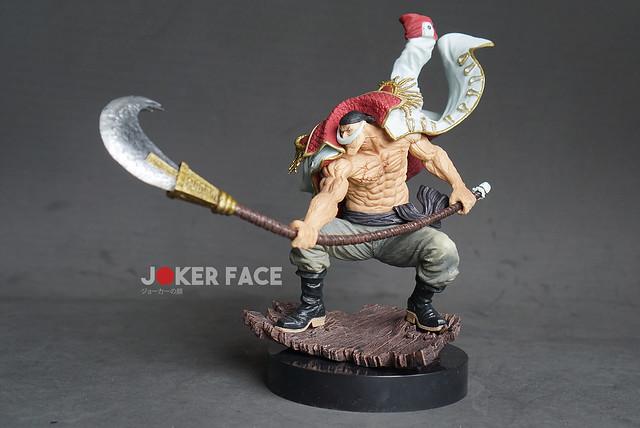Mô hình Râu Trắng Gold Reward - One Piece
