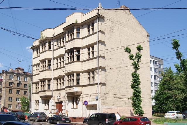Нижняя Красносельская, 23