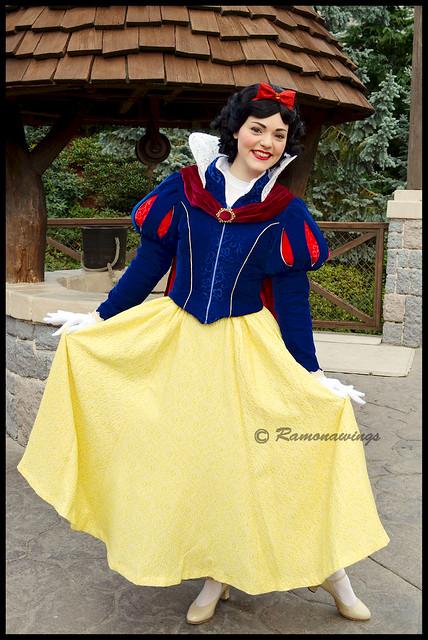 Vos photos avec les Personnages Disney - Page 3 15595555588_1ed9b01f7f_z