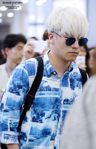 Big Bang - Gimpo Airport - 20may2015 - Seung Ri - Acetory - 04