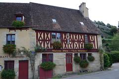 Bourgogne Semur-en-Auxois 161007 1161