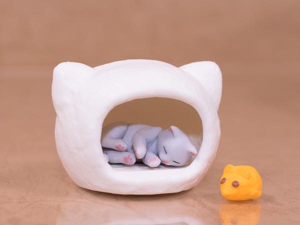 ちょこっとレビュー エポック「子猫と猫ハウス」「吾輩の定位置」