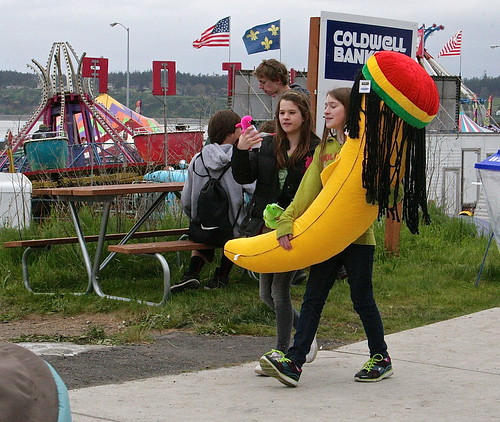 Hey, did you hear about that schmuck that lost $2600 at a carnival and only ended up with one of these dreadlock bananas?