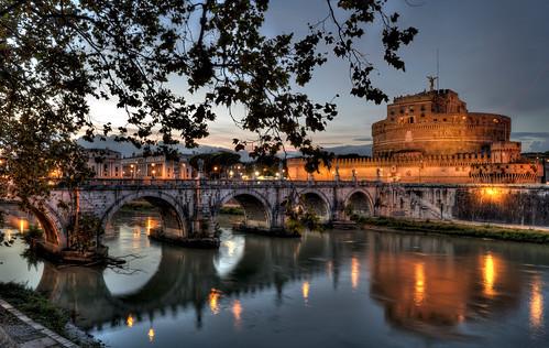sunset italy rome roma italia tramonto tiber tevere castelsantangelo lazio archbridge pontesantangelo castleoftheholyangel lungoteverevaticano mausoleodiadriano romanemperorhadrian themausoleumofhadrian