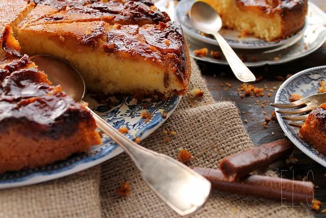 Gâteau au yaourt renversé aux pommes et carambars