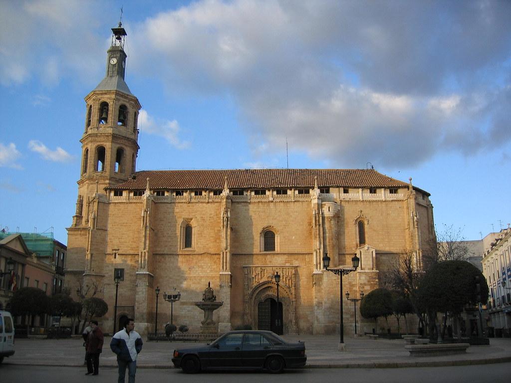Iglesia de la Asunción en Valdepeñas. Autor, Drewbee