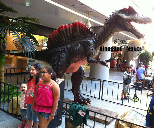 Dinosaur Exhibits in Shopping mall