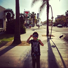 An afternoon walk with bubbles #kid #fouryearsold #bubbles #afternoon #imperialbeach