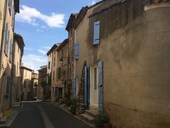 Silent street, old Régusse